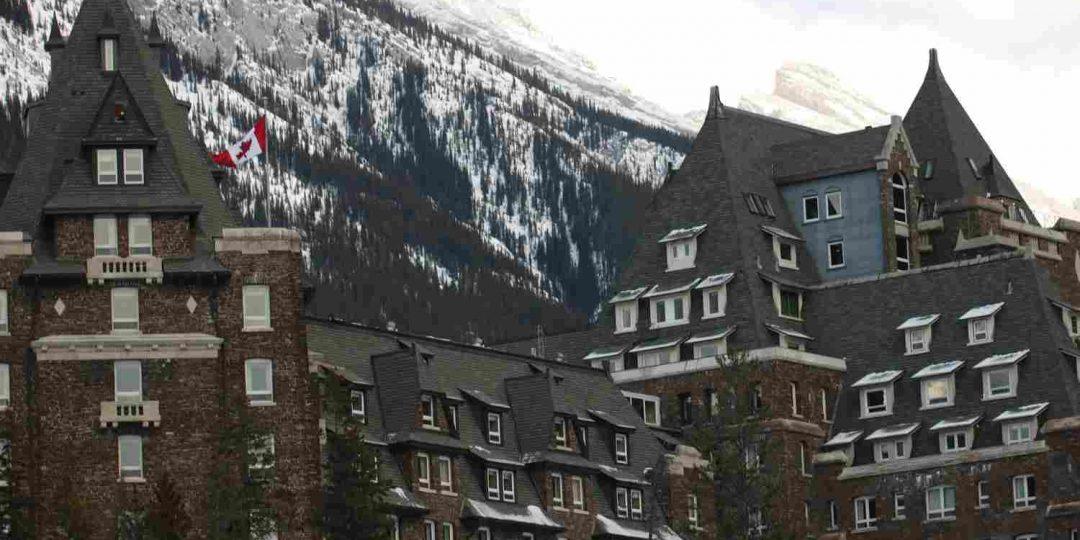 http://winter2.hotel-sites.bookoncloud.com/wp-content/uploads/sites/76/2016/02/exterior_01-1080x540.jpg