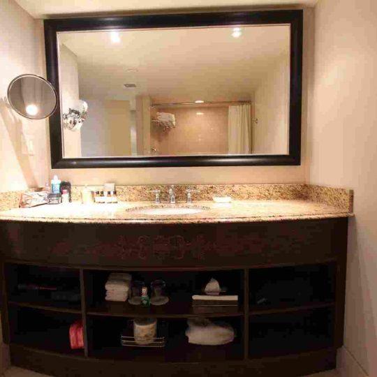 http://winter2.hotel-sites.bookoncloud.com/wp-content/uploads/sites/76/2016/02/interior_05-540x540.jpg