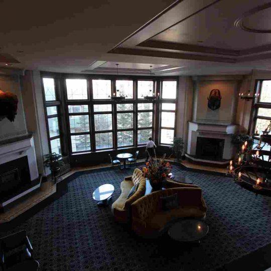 http://winter2.hotel-sites.bookoncloud.com/wp-content/uploads/sites/76/2016/02/interior_15-540x540.jpg