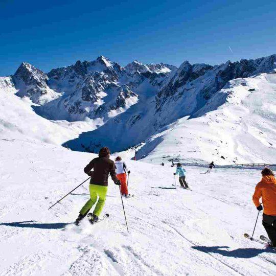 http://winter2.hotel-sites.bookoncloud.com/wp-content/uploads/sites/76/2016/02/winter-activities_10-540x540.jpg