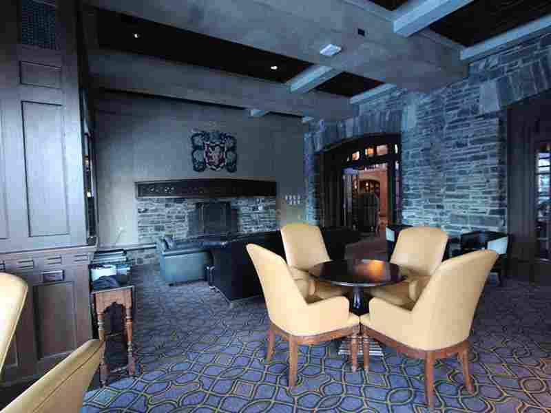 http://winter2.hotel-sites.bookoncloud.com/wp-content/uploads/sites/76/2016/02/winter-room-1.jpg